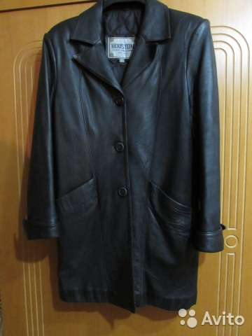 Куртка кожаная черная б. у