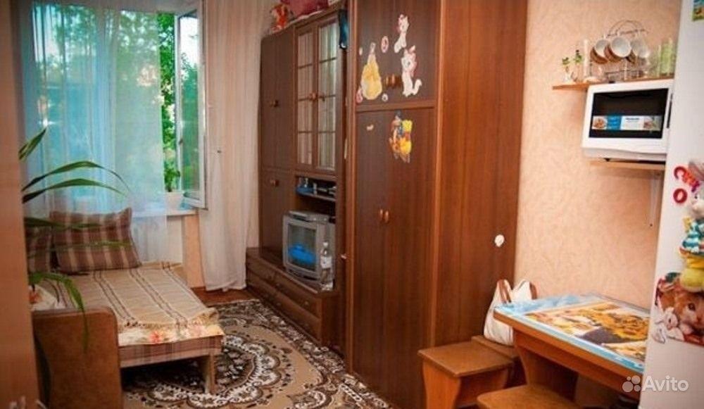 Дизайн маленькой комнаты в общежитии фото.