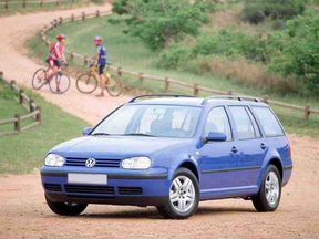 Volkswagen Golf 1.6мт, 2000, битый, 200000км