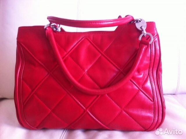 6bc24e6501e0 Почти новая кожаная красная сумка Salvatore Ferrag купить в Москве ...