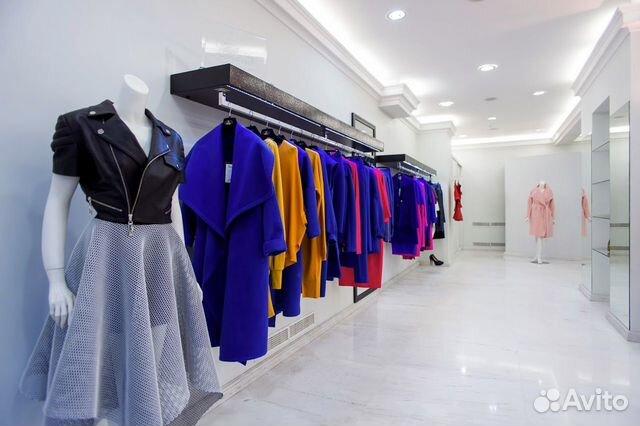 89220004530 Магазин женской одежды в ТЦ