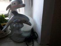 Светильник с двумя добрыми дельфинами