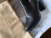 Сапоги Sergio Rossi — Одежда, обувь, аксессуары в Новосибирске