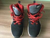 Кроссовки Nike для подростка